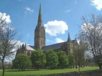 A Historic Tour of Historic Salisbury and Stonehenge